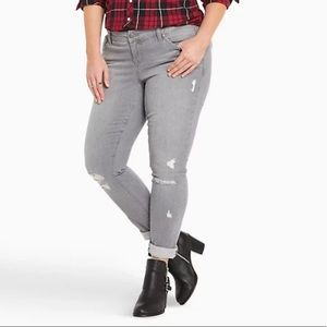 Torrid Skinny Jeans Gray Wash with Distress 12